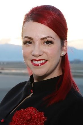 Nicole Riggs Headshot
